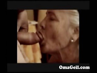 OmaGeiL Amateur Chubby Granny Footage Compilation