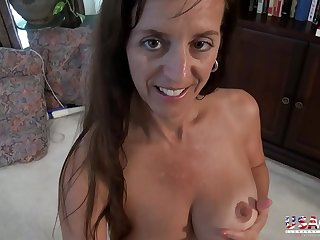 USAwives Closeup Pictures Slideshow Mature Video