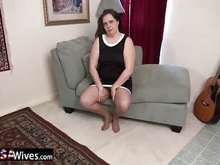 USAWiveS Charlie Fox BBW Mature Solo Masturbation