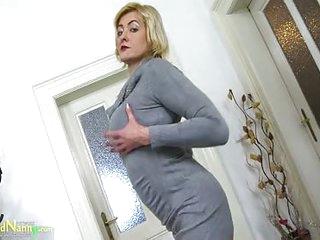 OldNannY Sexy Mature Evi Masturbation Showoff