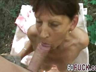 Outdoor fuck with a mature slut