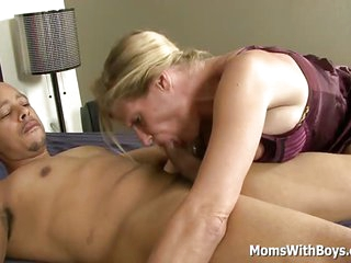 Cheated Mature Wife Peaches Gets Interracial Revenge With Black Dick