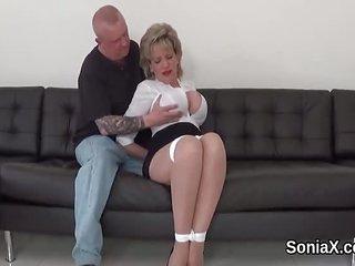 Cheating british mature lady sonia showcases her