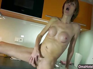 OmaHotel two older granny ladies masturbation